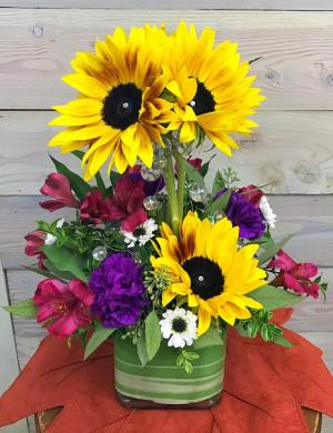 Sunflower Topiary   in Libby, MT | LIBBY FLORAL & GIFT