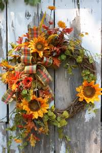 Sunflower Wreath Grapevine with Faux Flowers