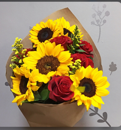 Sunflowers and passion red roses special orden