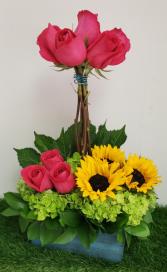 Sunflowers and Roses Celebration Roses Arrangement