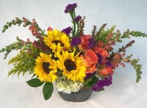 Sunflowers & Roses  in Hot Springs, AR | Flowers & Home of Hot Springs