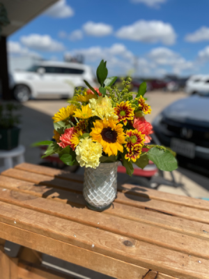 Sunny Day Arrangement  in Godley, TX   Roselane Flowers & Gifts
