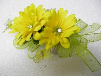 Sunny Day Corsage Corsage Wristlet