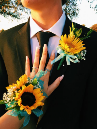 SUNNY DAY SET Corsage & Boutonniere Set