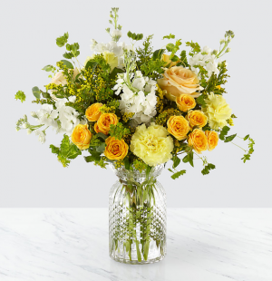 Sunny Days™ Bouquet by FTD  in Valley City, OH | HILL HAVEN FLORIST & GREENHOUSE
