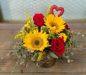 Sunny Kind of Love  Valentine's Day  in Clinton, OK | Prairie Sunshine Flowers & Balloons