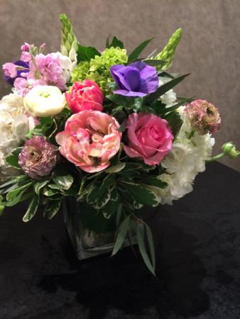 Sunny Meadow Garden square vase arrangement