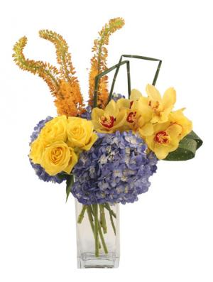 Sunny Skies Arrangement in Buda, TX | BUDAFUL FLOWERS