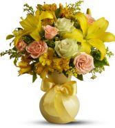 TELEFLORA'S SUNNY SMILES Spring Bouquet