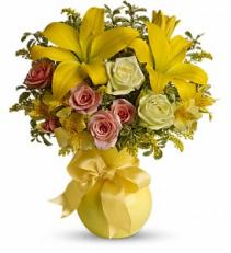 Sunny Smiles                 TFWEB320 Vase Arrangement