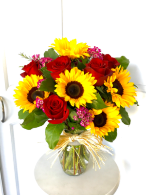 Sunny Summer  in Whittier, CA | Rosemantico Flowers