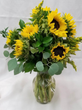 Sunny Sunflowers Fresh Arrangment
