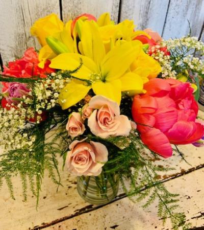sunny sunhine peonies,roseslillies tulips