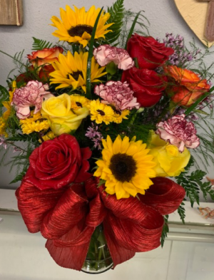 Sunset Glory Fresh Vase Arrangment in Tishomingo, OK | Sara's Heartfelt Flowers & Gifts