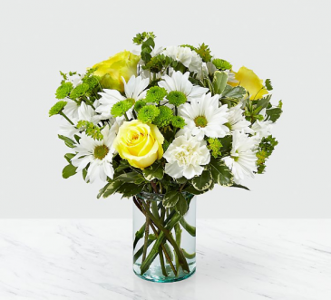 Sunshine and daisies  Fresh arrangement in a vase