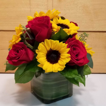 Sunshine and Roses Cube Arrangement