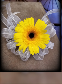 SUNSHINE DELIGHT Wrist Corsage