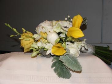 Sunshine Handheld Bouquet