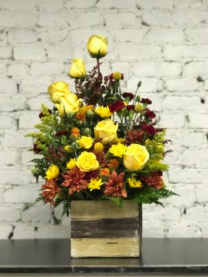 sunshine rose box  in Murfreesboro, TN | Veda's Flowers & Gifts