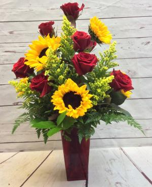 Sunshine & Roses  in Culpeper, VA | ENDLESS CREATIONS FLOWERS AND GIFTS