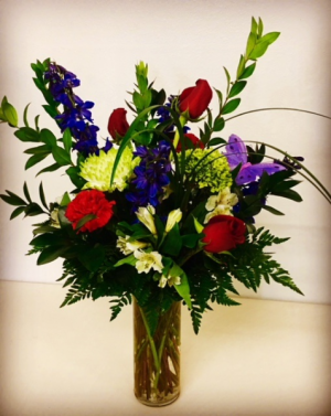 Heart's Desire 1/2 Dozen Rose Arrangement in Plainview, TX | Kan Del's Floral, Candles & Gifts