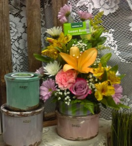 Swan Creek Candle Bouquet Everyday; Local Delivery in Elyria, OH | PUFFER'S FLORAL SHOPPE, INC.