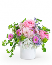 Sweet Amoré Flower Arrangement
