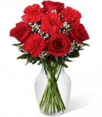 Sweet and Simple Valentine Arrangement