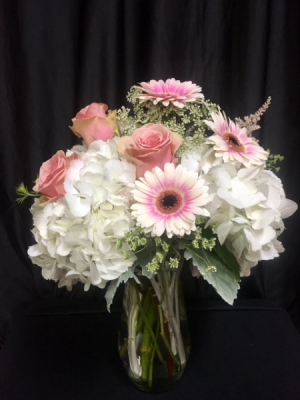 Sweet as Mom Bouquet - Deluxe Mother's Day in Graham, TX | JOY'S DOWNTOWN FLOWERS