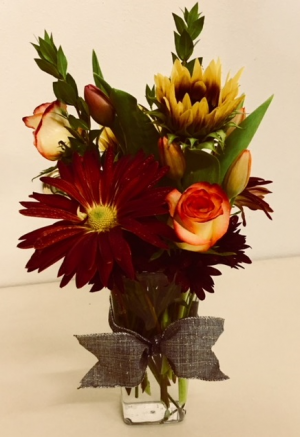 Sweet Autumn Tulips, Roses and Mixed Fall Flowers in Plainview, TX | Kan Del's Floral, Candles & Gifts