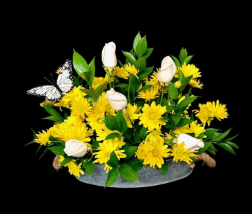 Sweet Country Times White & Yellow Floral in Metal Oval Tray