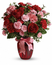 Sweet embrance bouquet Roses mixed with a custom combination of flowers