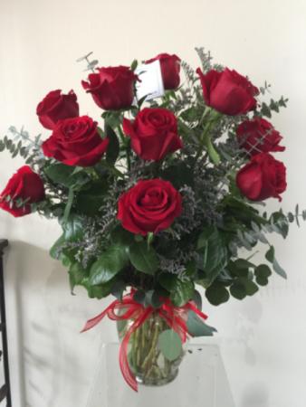 Sweet Heart Vase Arrangement