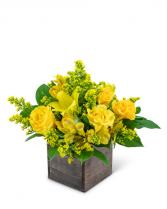 Sweet Honey Flower Arrangement