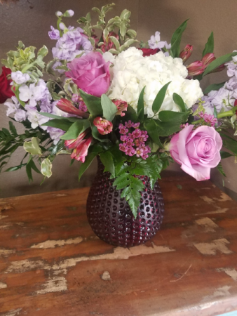 Sweet embrace Vase arrangement