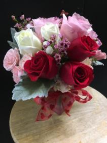 Sweet Kisses Bouquet Petite