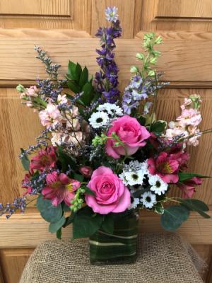 Love Blossoms T&V Original in Appleton, WI | TWIGS & VINES FLORAL