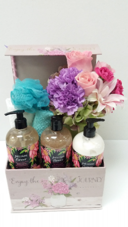 Sweet Pea Pampering Box Gift Set in Webster, TX |  La Mariposa Flowers
