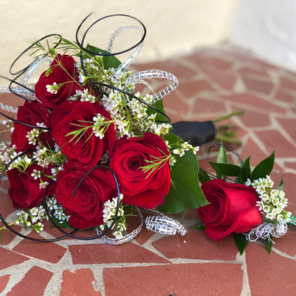 Sweet Red Hand Bouquet