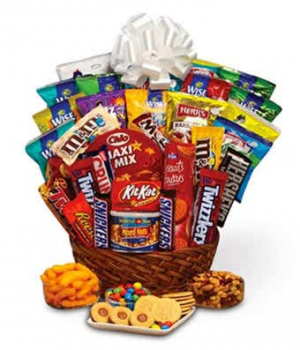 Sweet & Savory  Snack Basket in El Cajon, CA | Robin's Flowers And Gifts