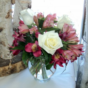 Sweet  Sentiment vase arrangement in North Adams, MA | MOUNT WILLIAMS GREENHOUSES INC