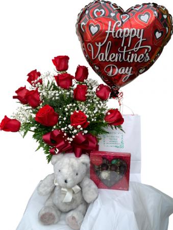 Sweet Spectacular Valentine Package Dozen Rose Vase