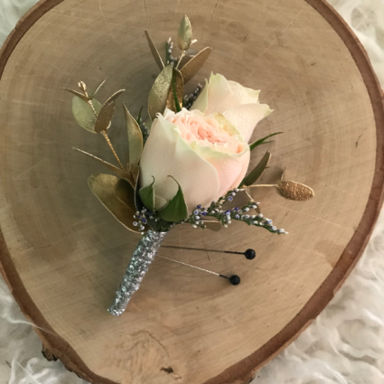 Sweet Surprise Boutonniere
