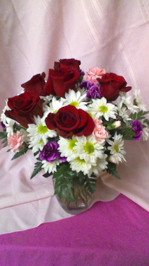B03 Sweet Surprises Vase arrangement of Daisies, Roses,Mini- Carnations, and