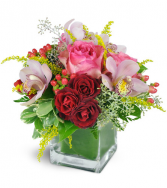 Sweet Thoughts All-Around Floral Arrangement
