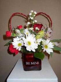 Sweet Thoughts Vase arrangement