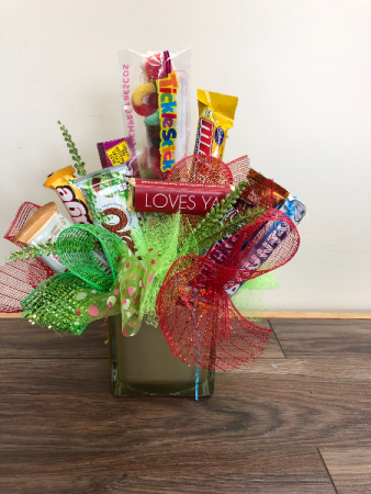 Sweet Treats Candy bar arrangement