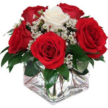 Be My Valentine Fresh roses arrangement