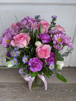 Sweetest One Fresh Arrangement in New Castle, IN   WEILAND'S FLOWERS