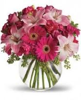 SWEETEST THING Vase Arrangement